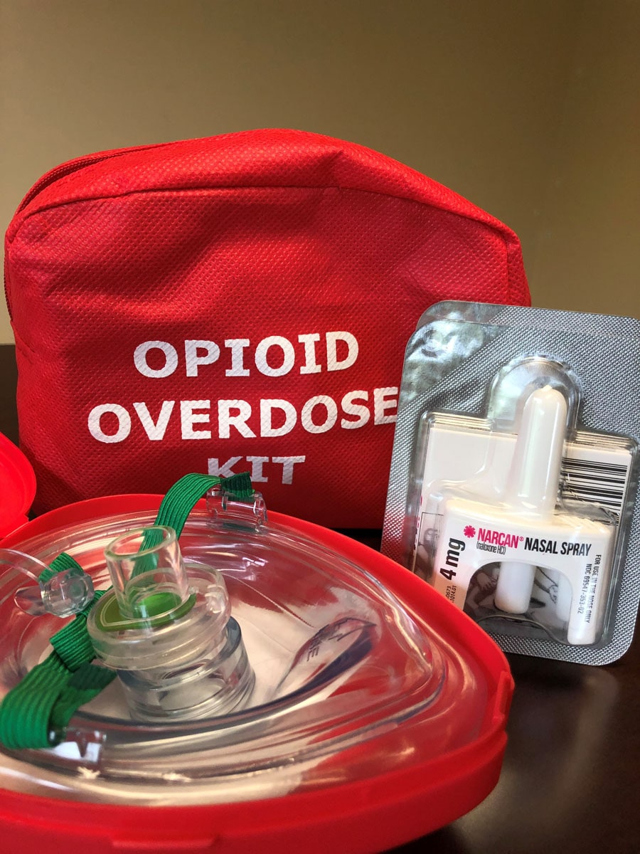 Opioid overdose treatment kit